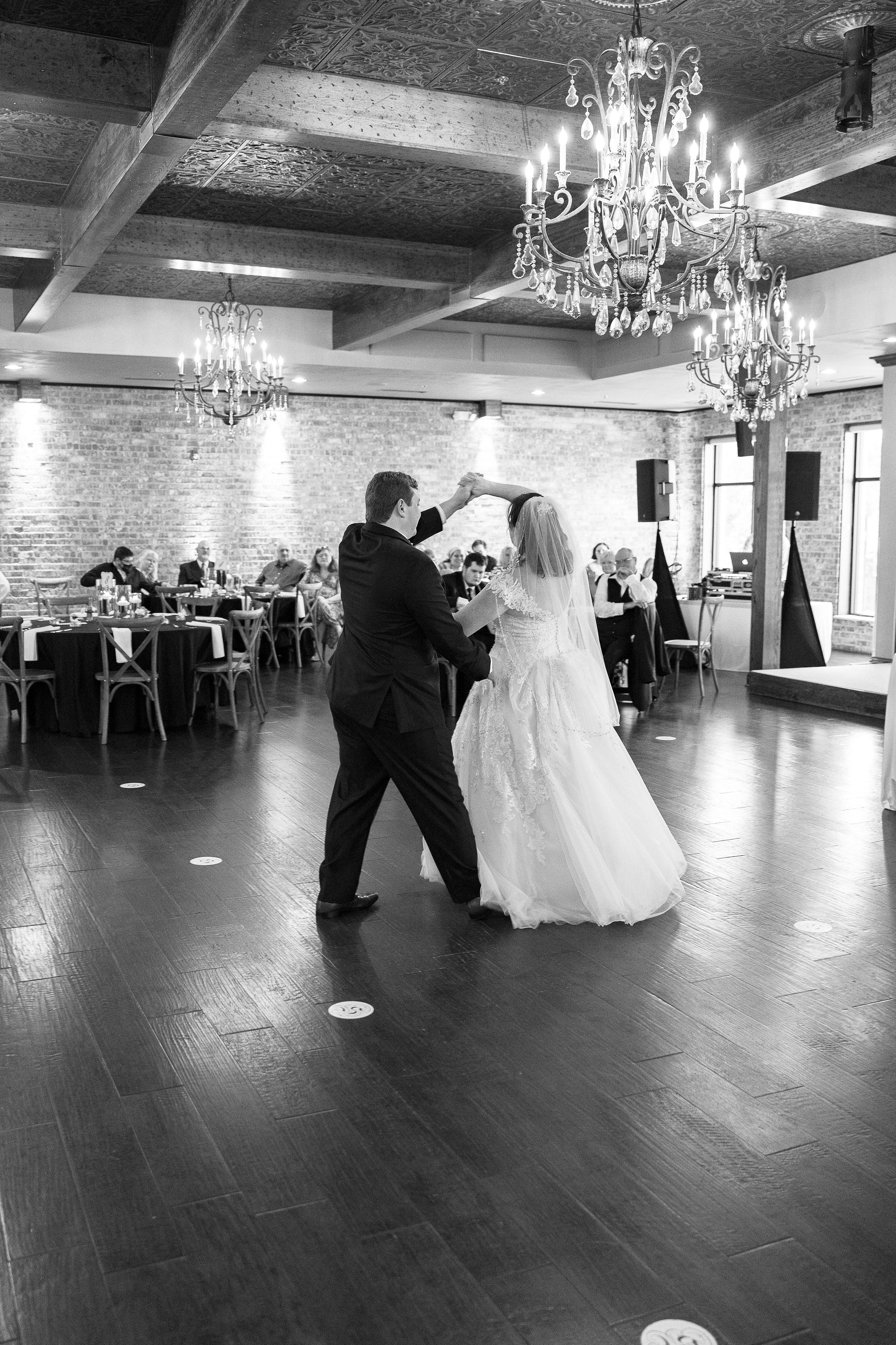 Lees Summit Wedding Photography,Studio PBJ Photography