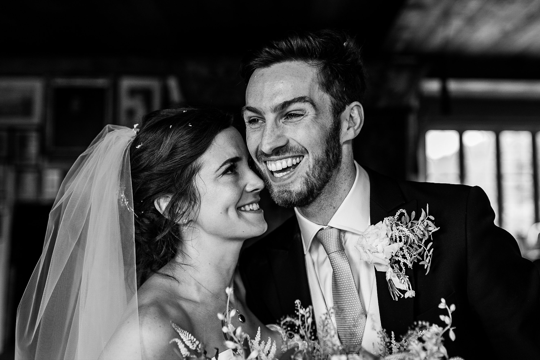painswick wedding,documentary wedding photographer
