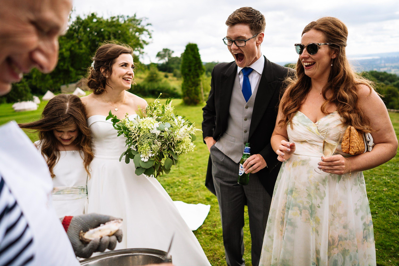 Hilles house wedding,relaxed wedding photographer