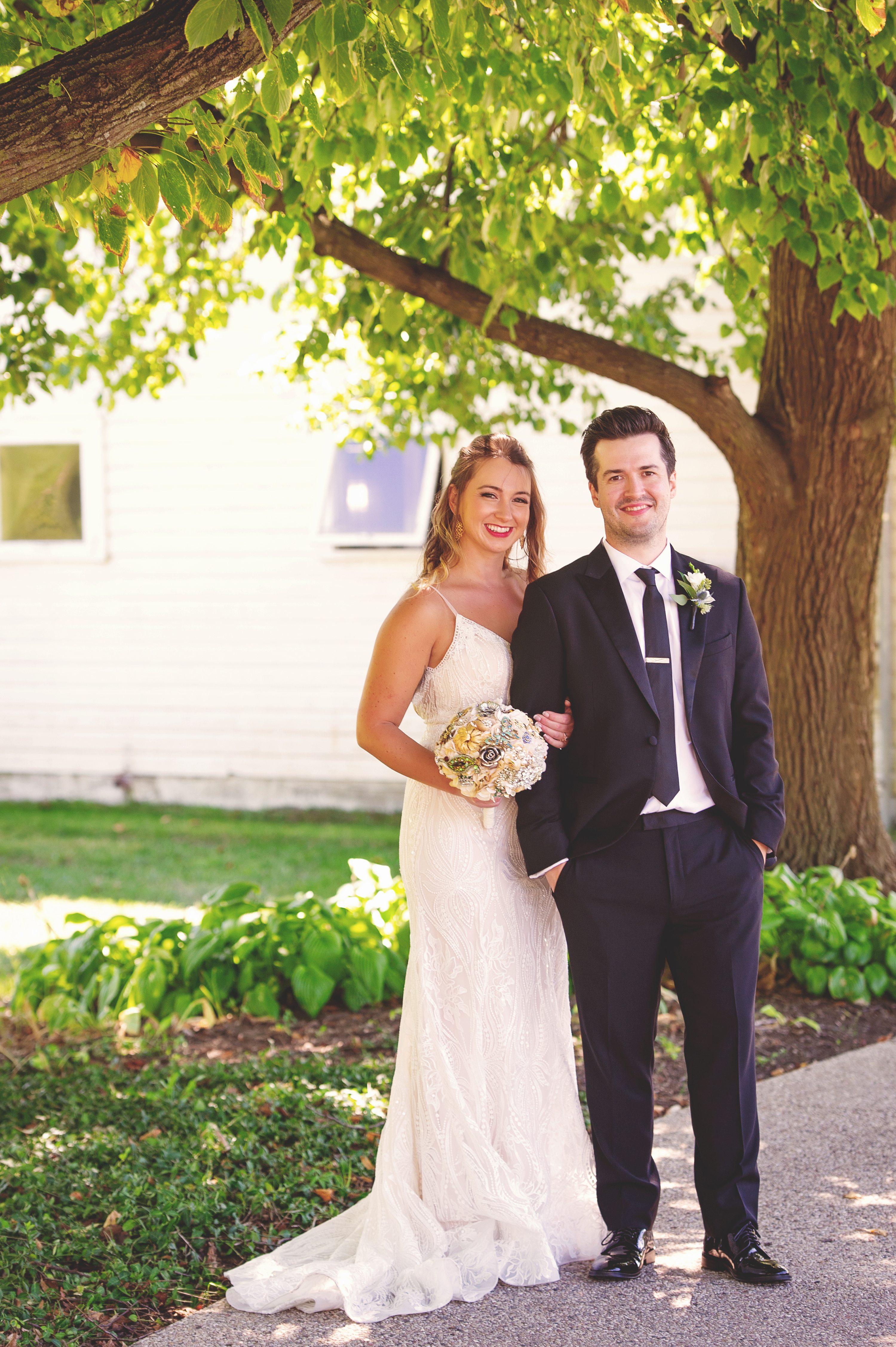 Wheaton wedding photographer,wedding pictures at Danada house