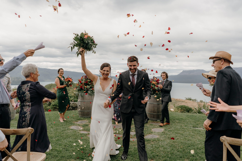 Rotorua Wedding,Black Barn Lake Tarawera Wedding Photographer