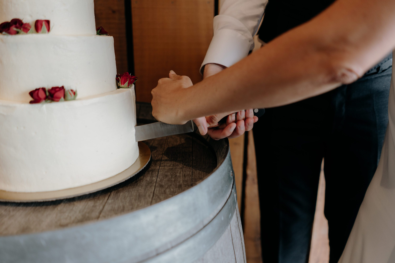 Back Barn Wedding,Black Barn Lake Tarawera Wedding