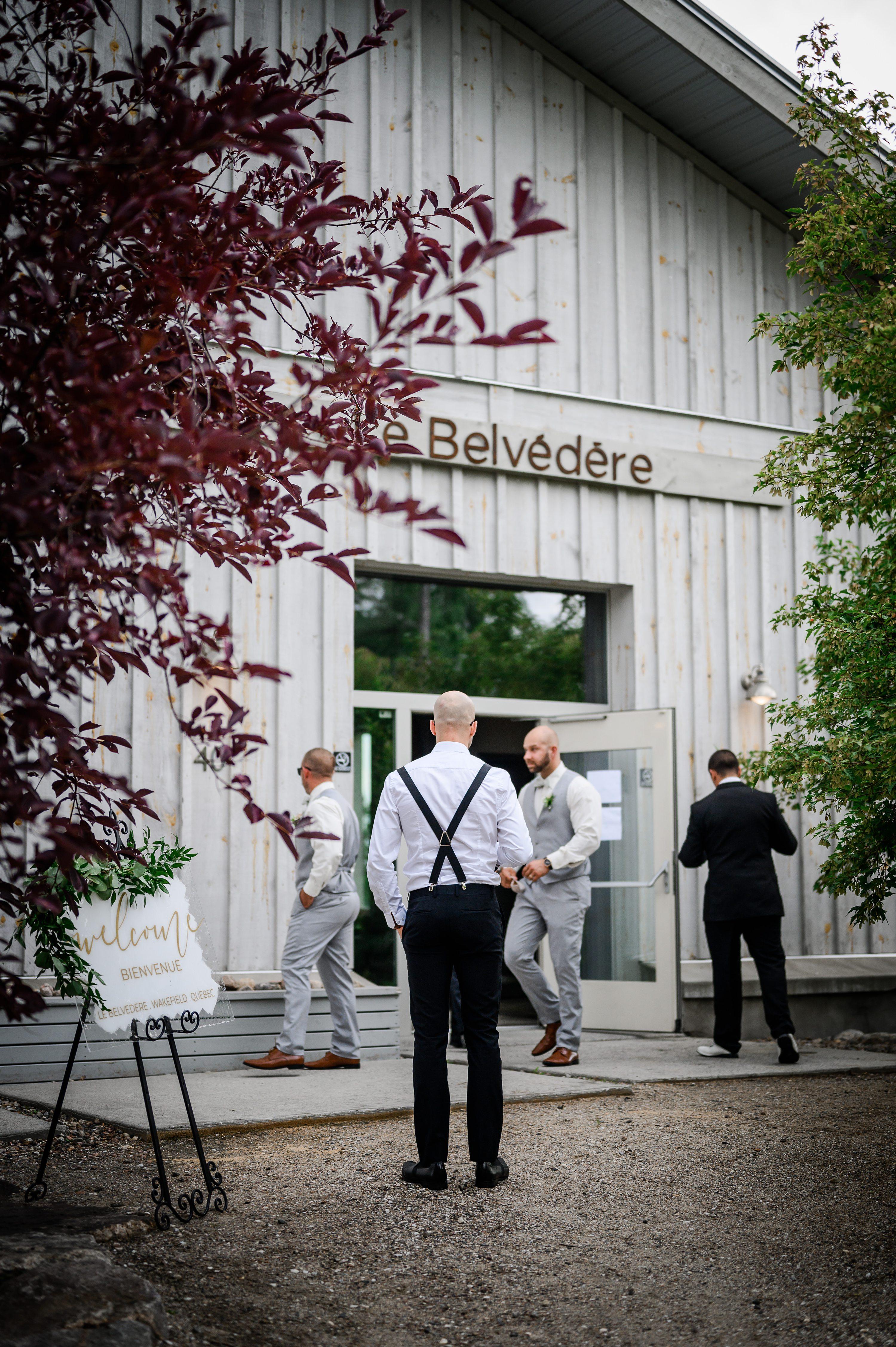 wedding photographer,wedding vendors