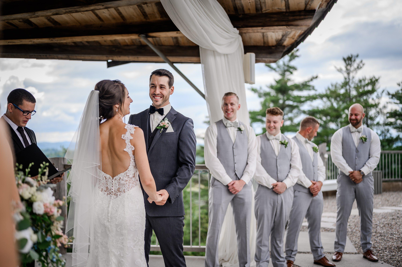 salle de mariage québec,Cliffside Wedding Venue