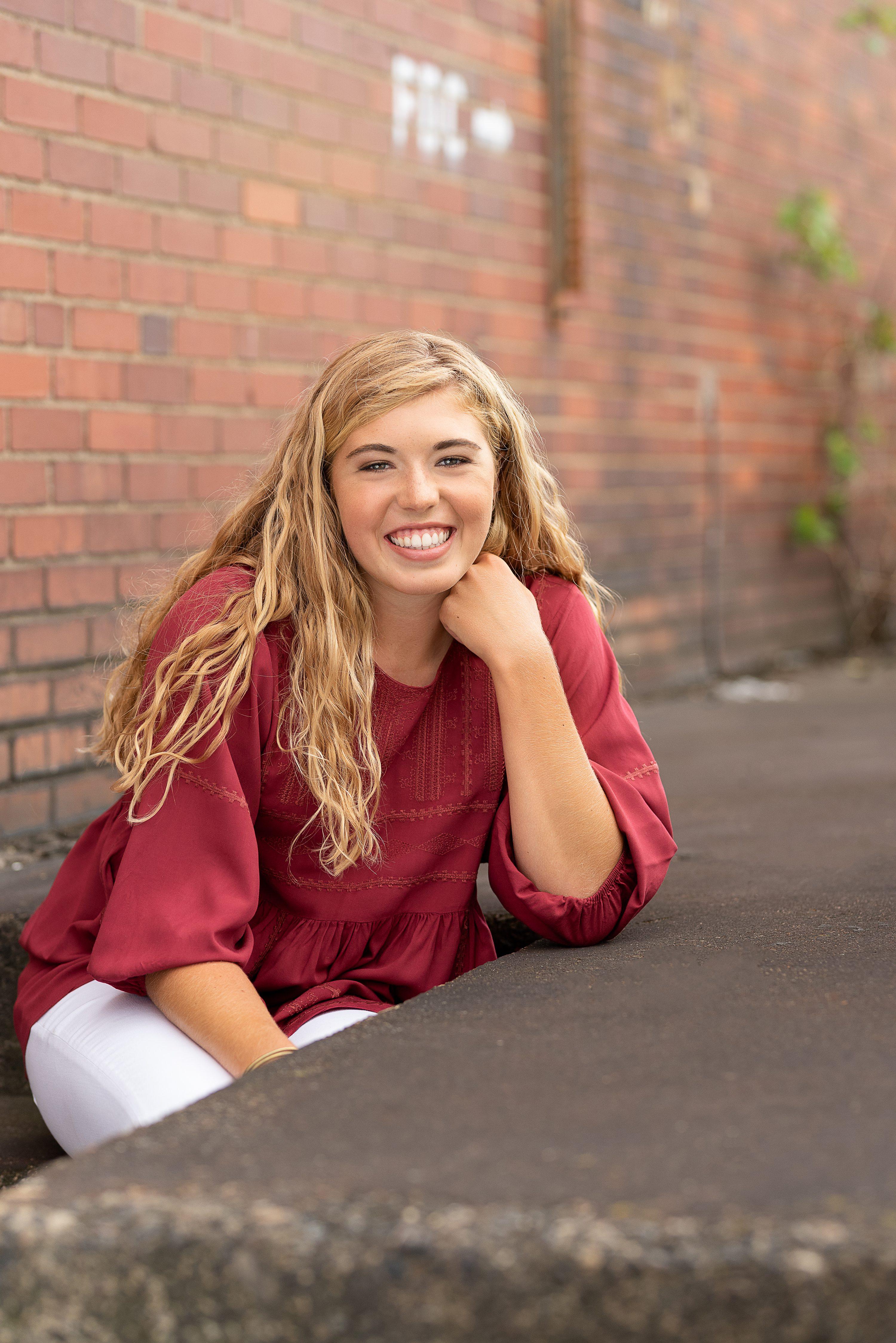 senior pictures 15090,quaker valley senior photographer