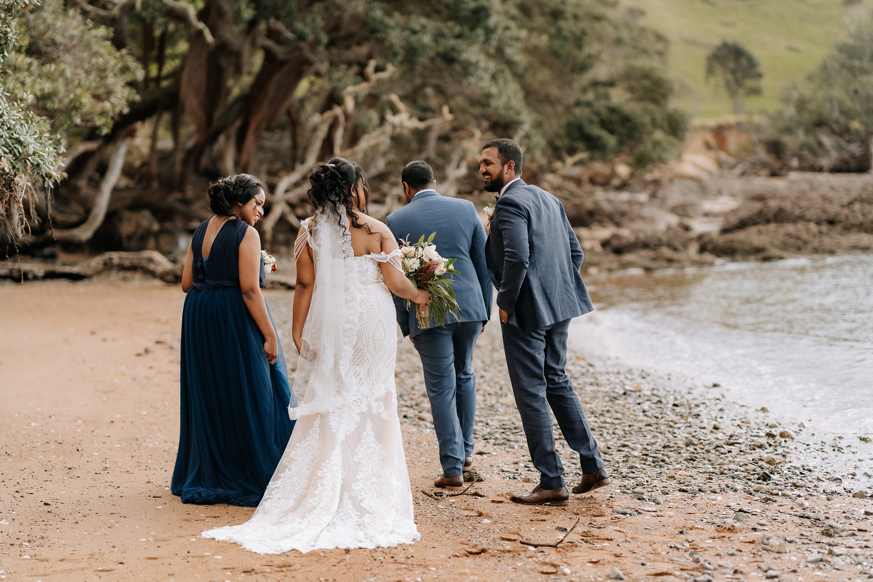 beach wedding,Elopement