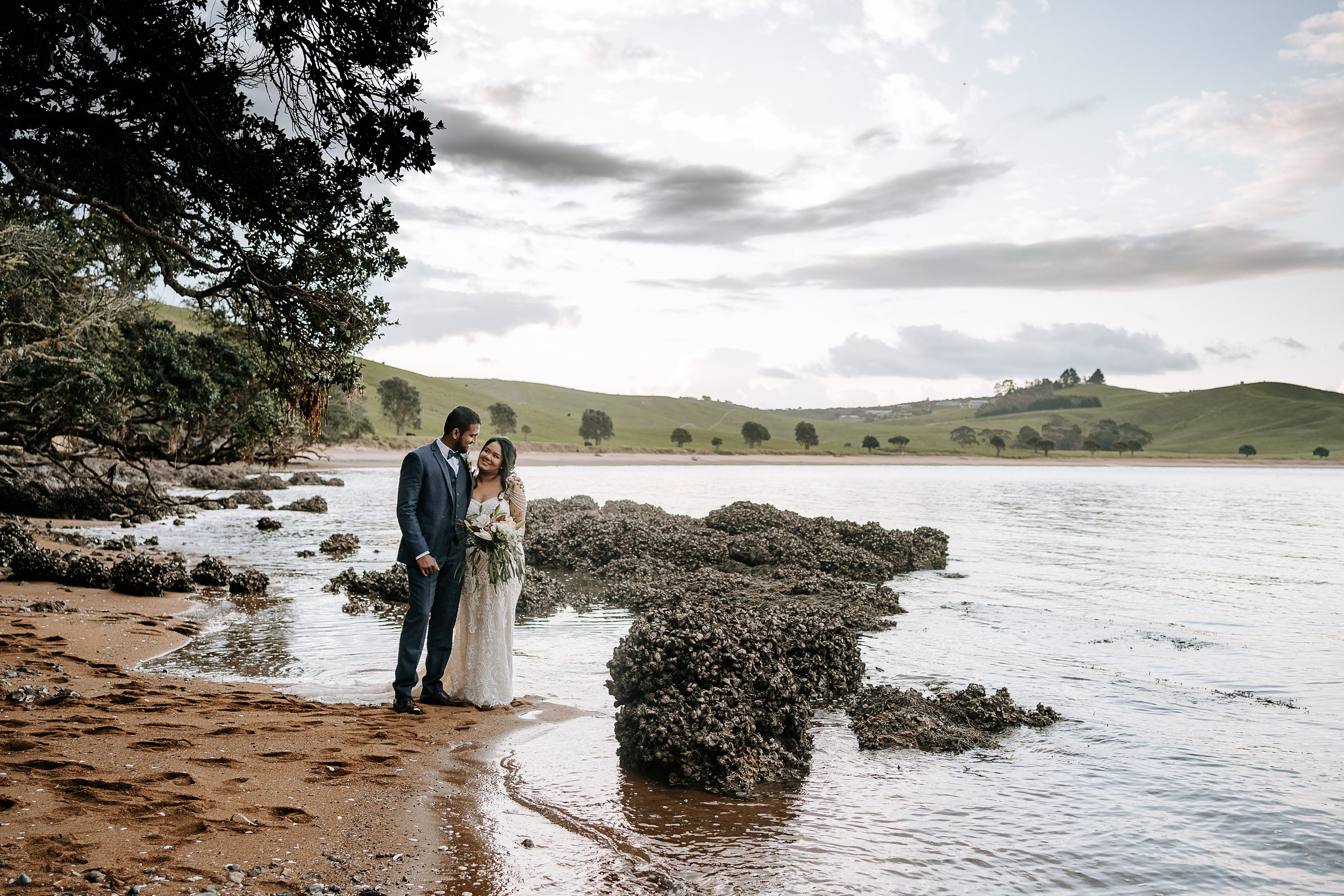 Jess Burges,NZ wedding Photography