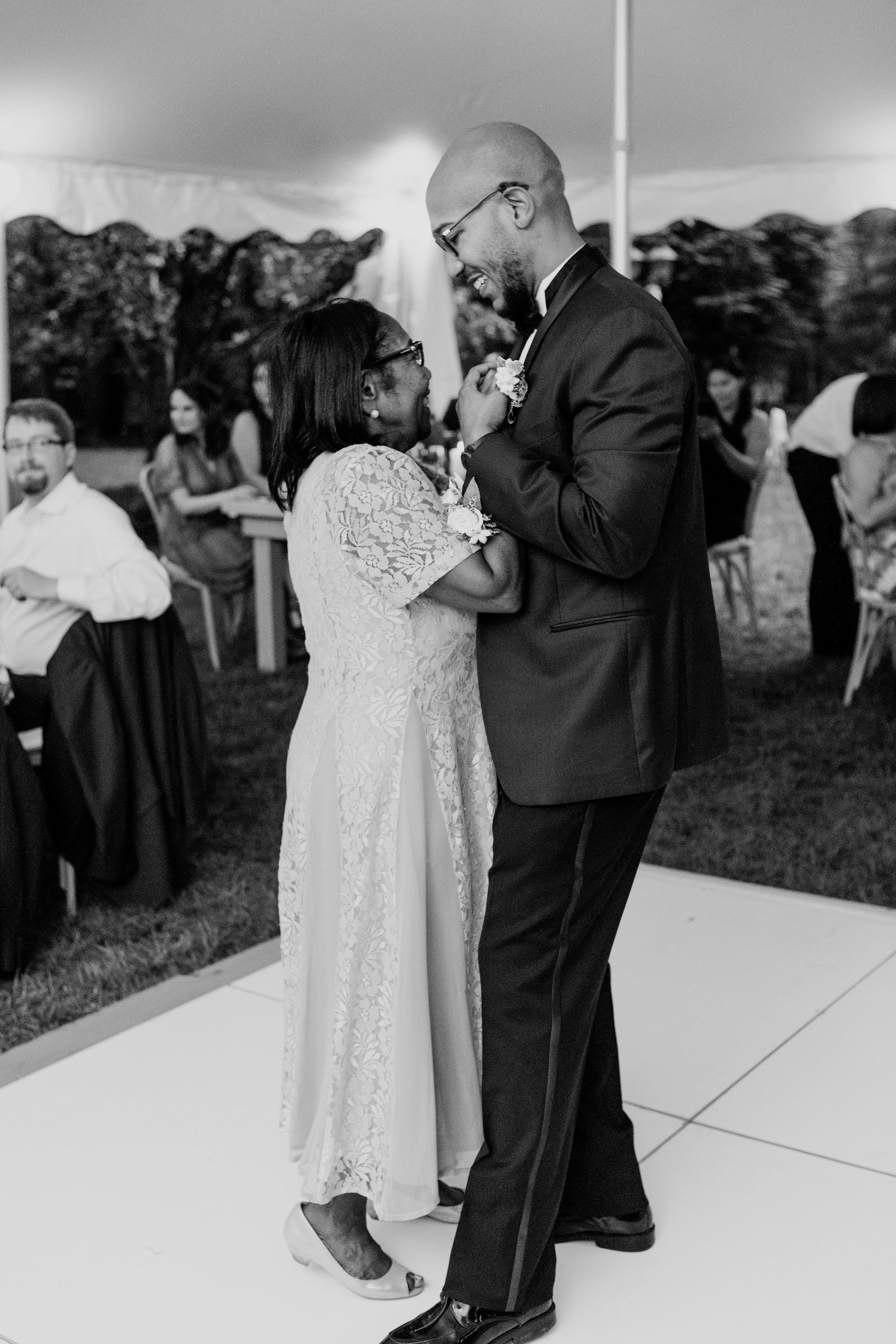 backyard wedding photographer,NJ elopement wedding