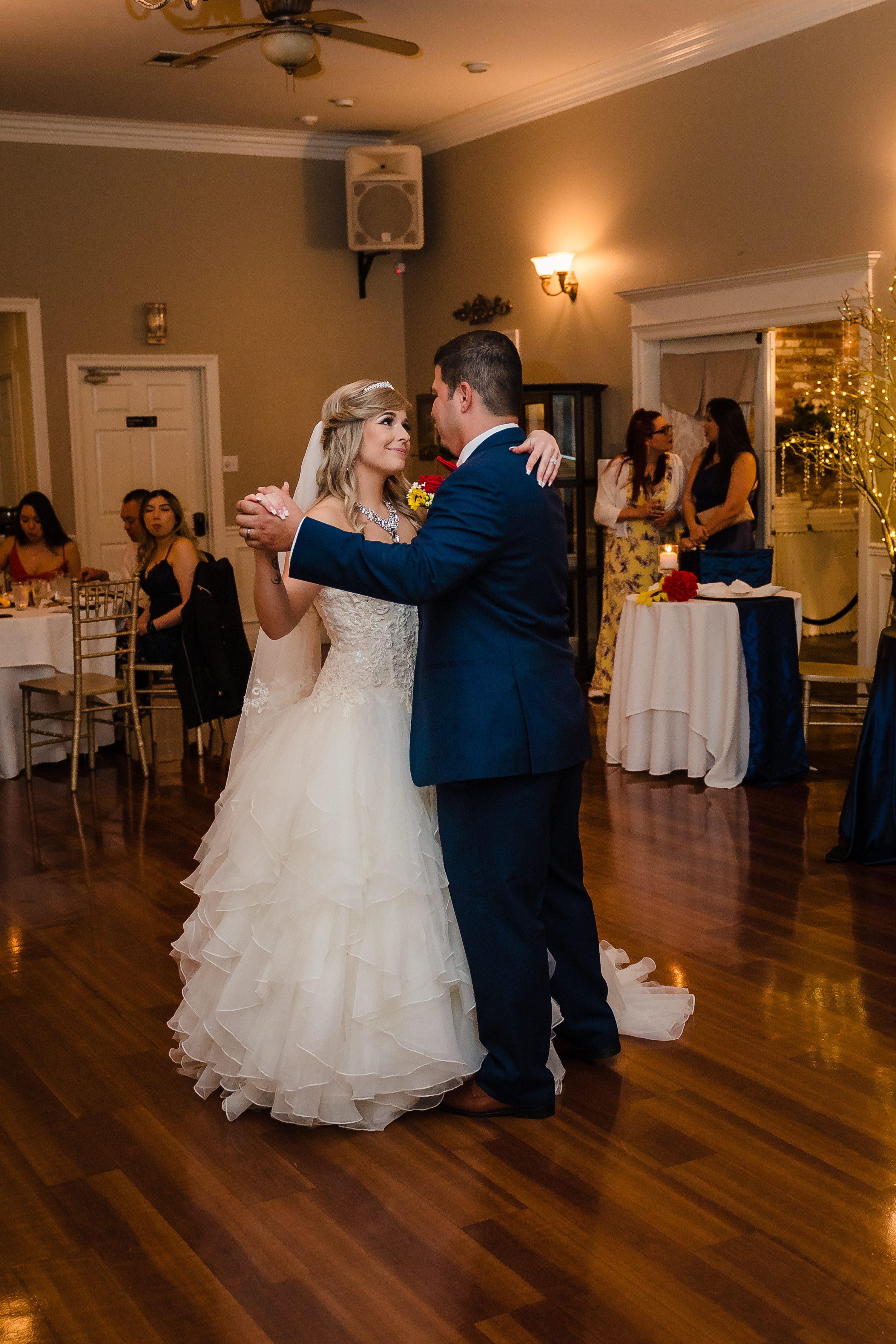 Baton Rouge wedding photographer, outdoor wedding photographer