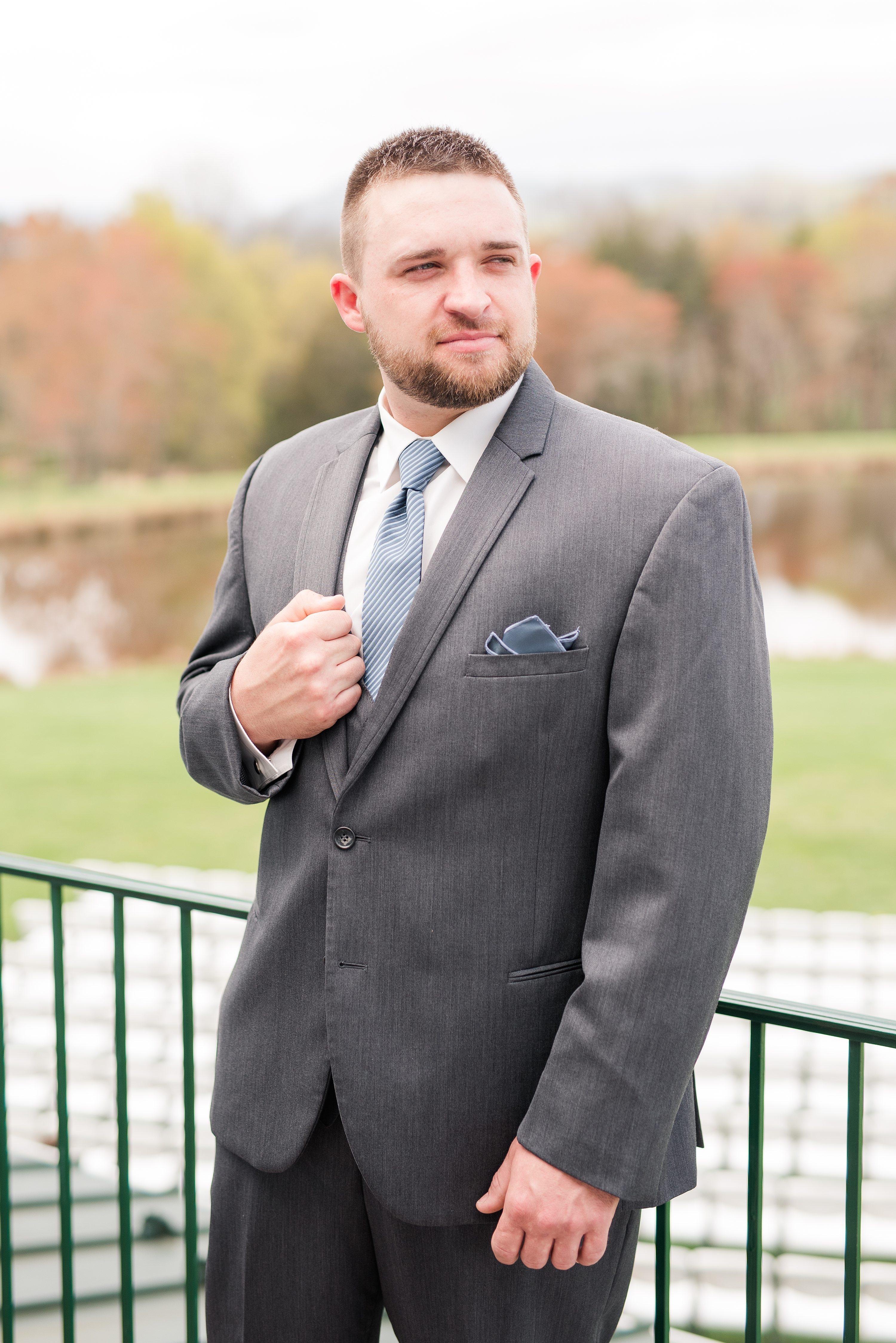 Blue Ridge Mountains,groom,Charlottesville Wedding Photographer,groom getting ready
