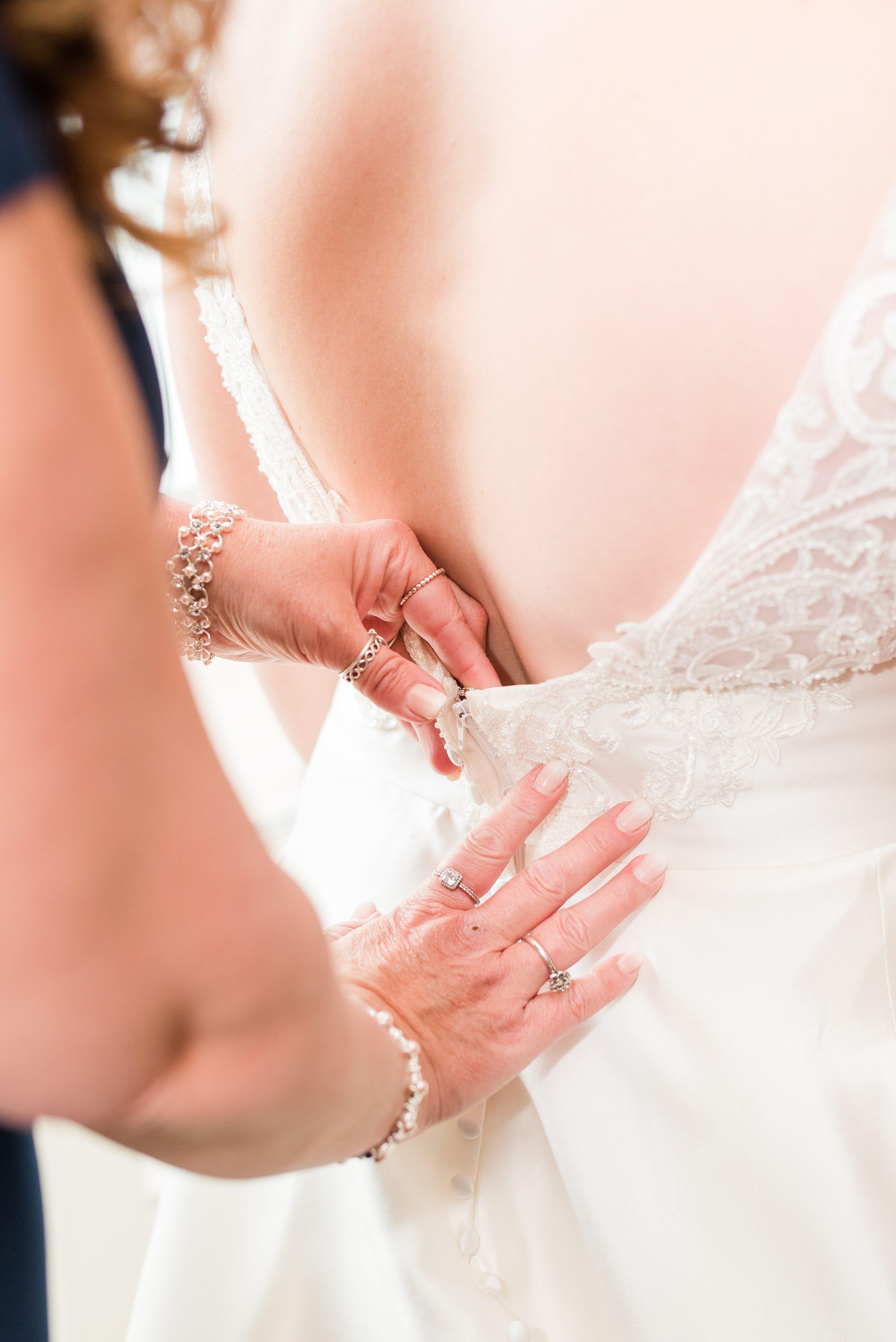 Blue Ridge Mountains,Edgewood,brides dress,mother of bride,wedding dress buttons