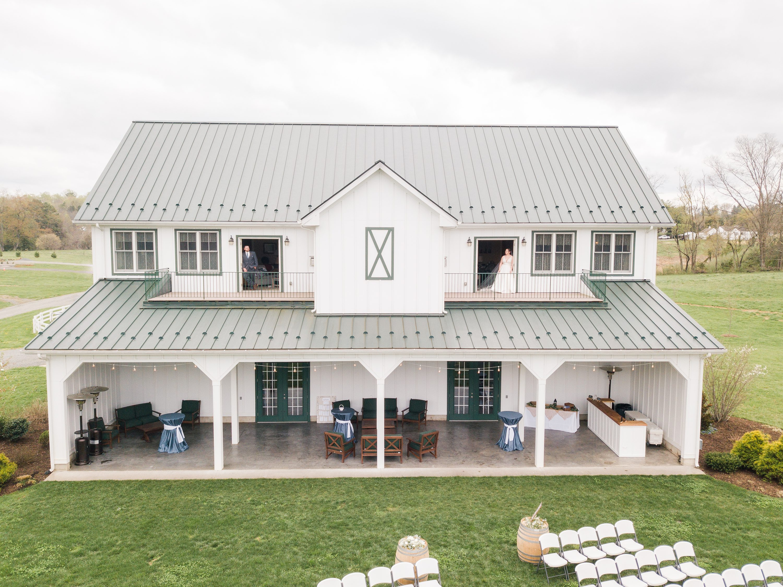 Outdoor Spring Wedding,Barn,Barn at Edgewood,edgewood barn,bride and groom,first touch