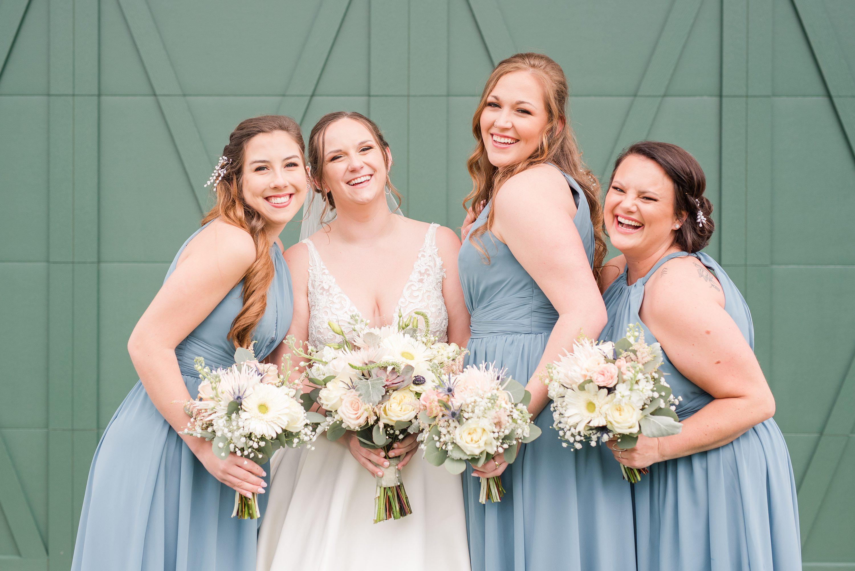 Southern Wedding,Barn Wedding,Barn at Edgewood,bride and bridesmaids,bridesmaids,bride,edgewood barn