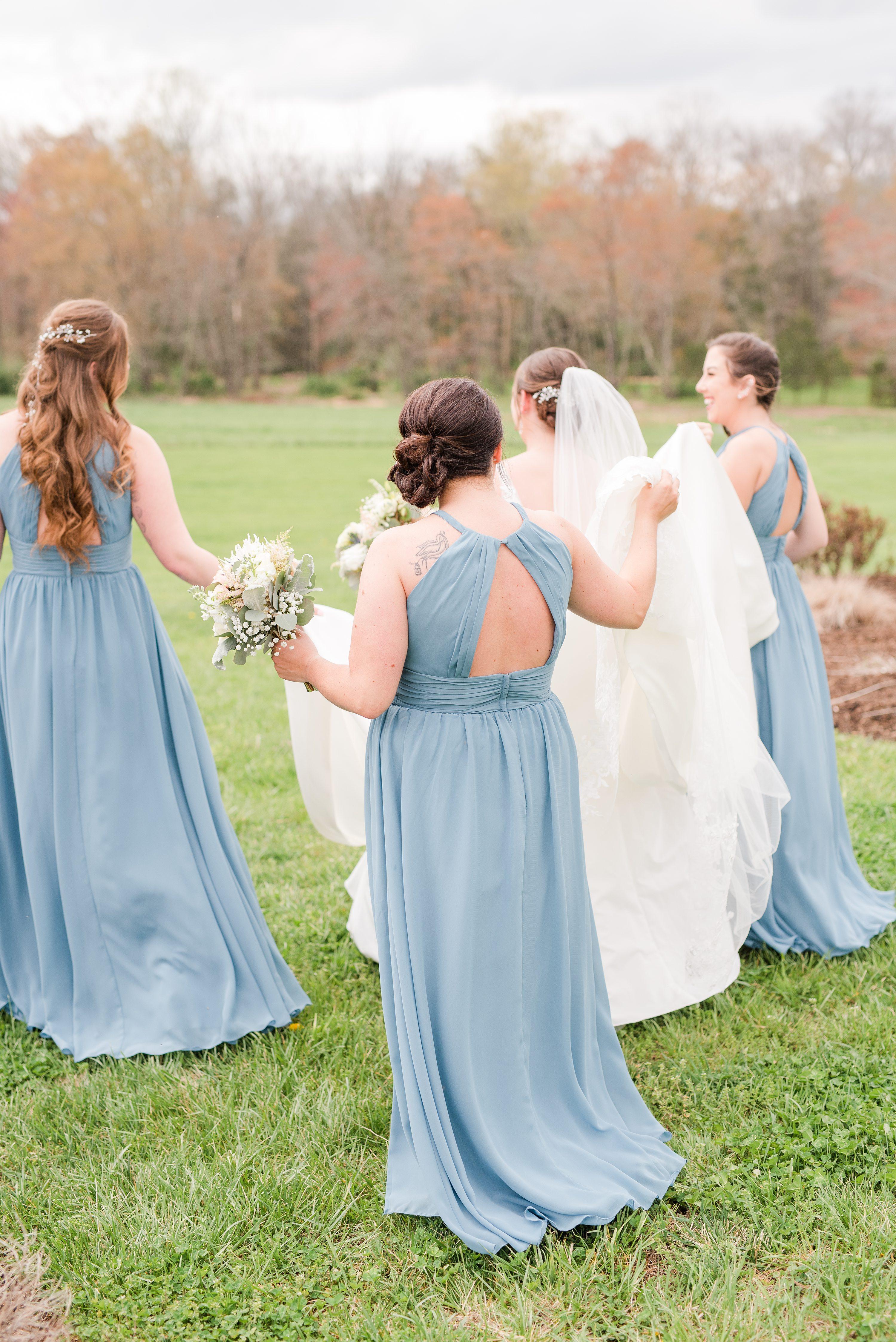 Bright,Barn at Edgewood,bride and bridesmaids,bridesmaids,bride,mountain wedding