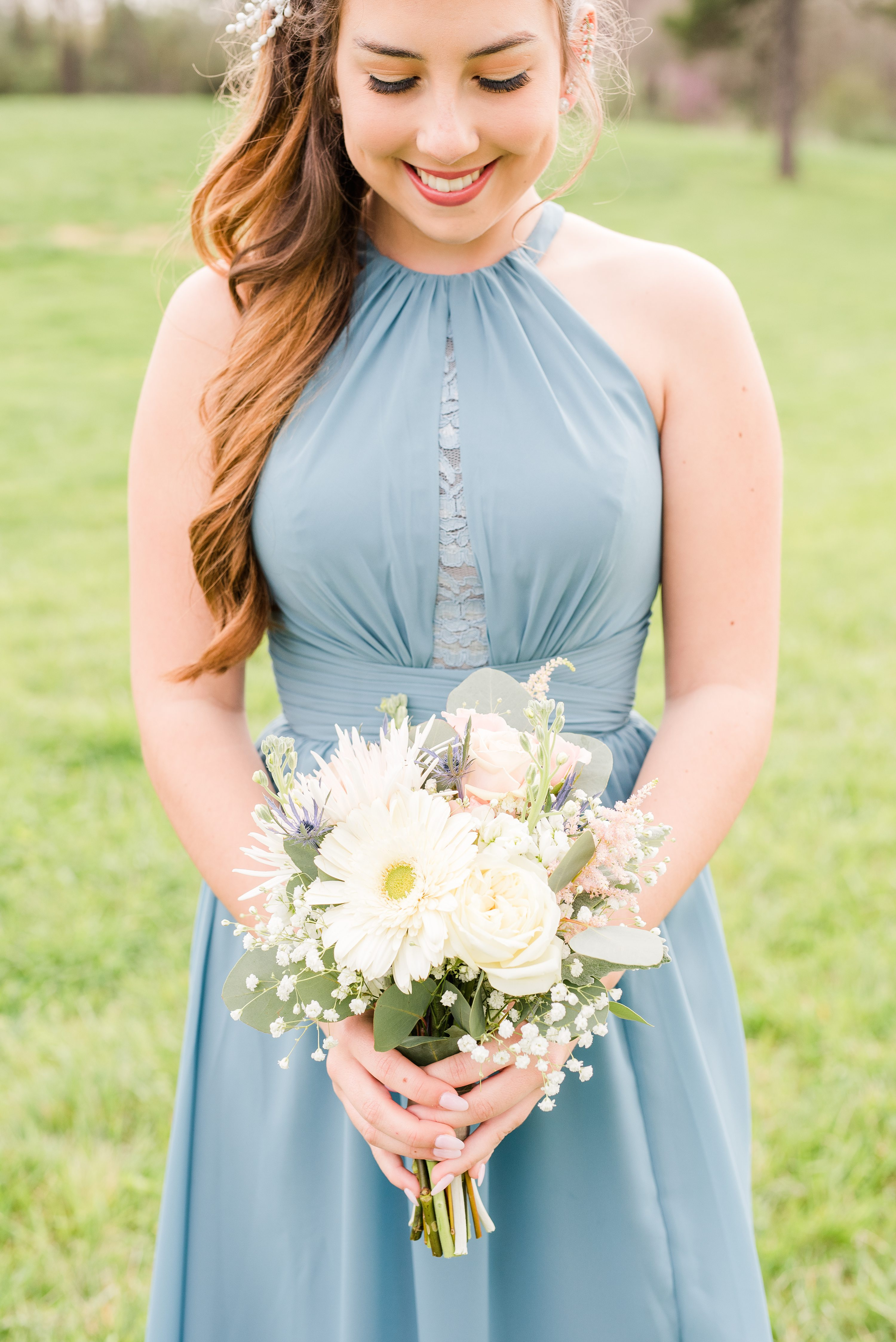 Charlottesville,Spring,Barn at Edgewood,bride and bridesmaids,bridesmaids,bridesmaid flowers,maid of honor