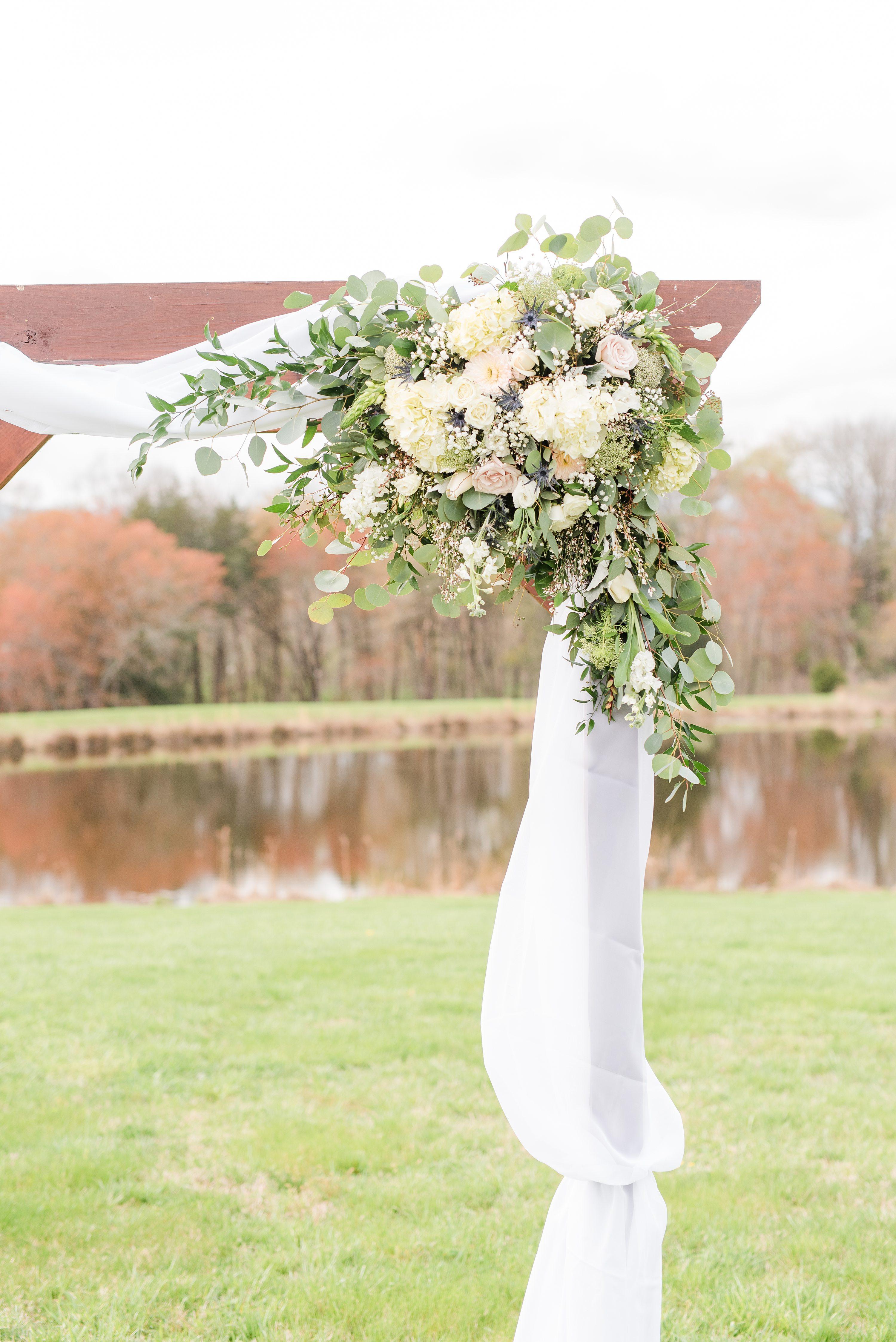 Barn at Edgewood,Barn Wedding,flowers,wedding arbor,arbor,arbor flowers