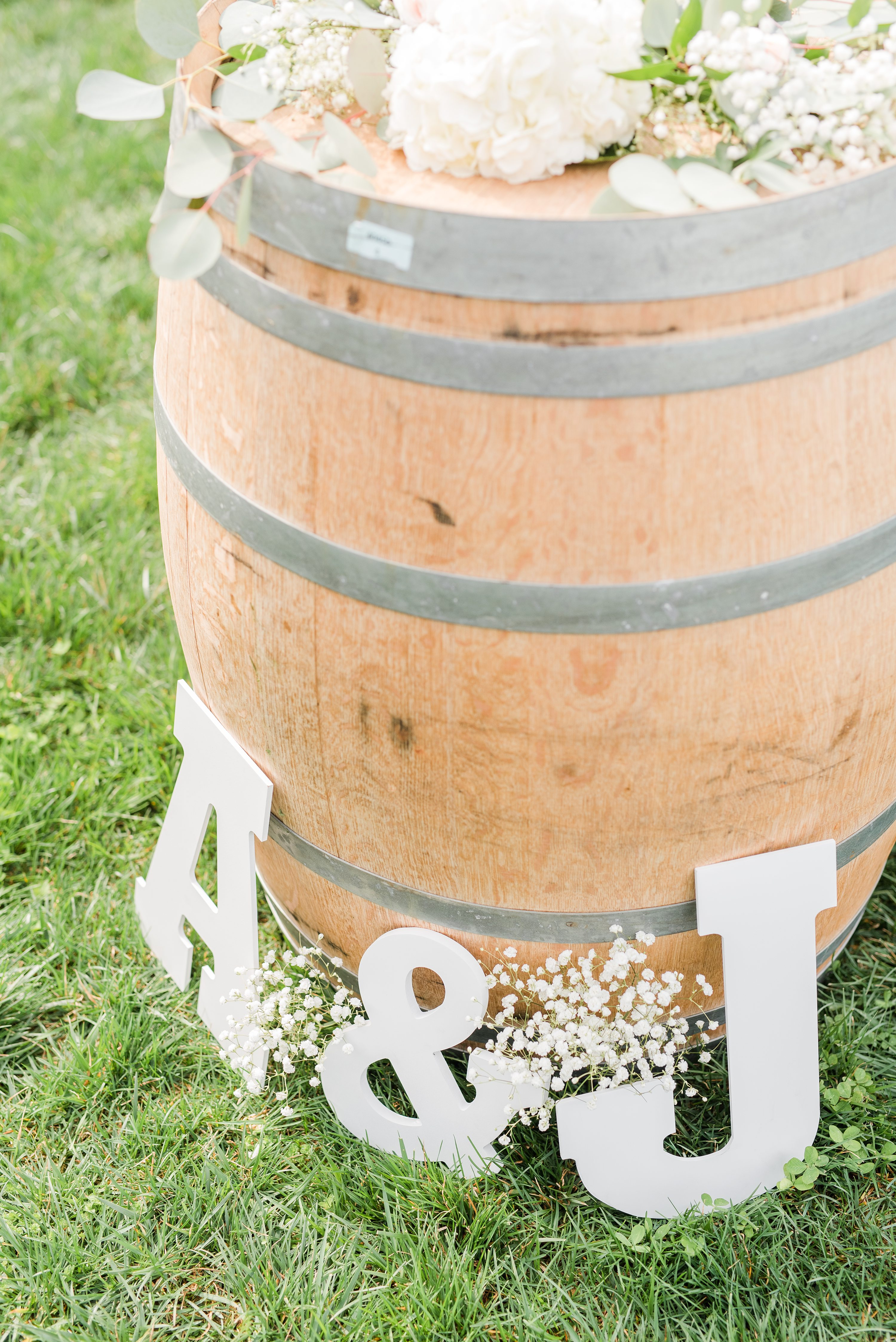 Edgewood,Charlottesville Wedding Photographer,ceremony details,personalized wedding,baby's breath