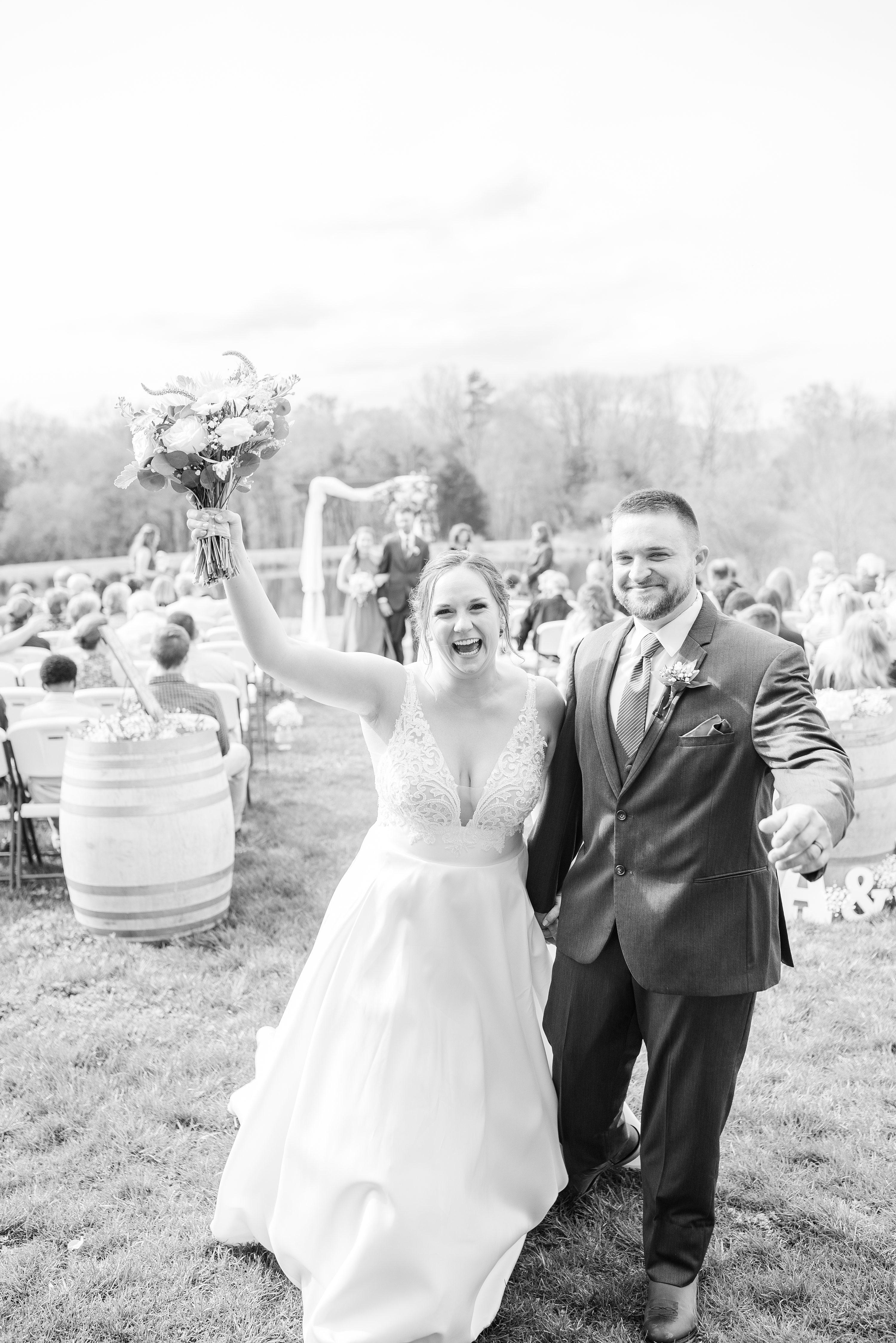 Edgewood,Blue Ridge Mountains,Barn at Edgewood,edgewood barn,bride and groom