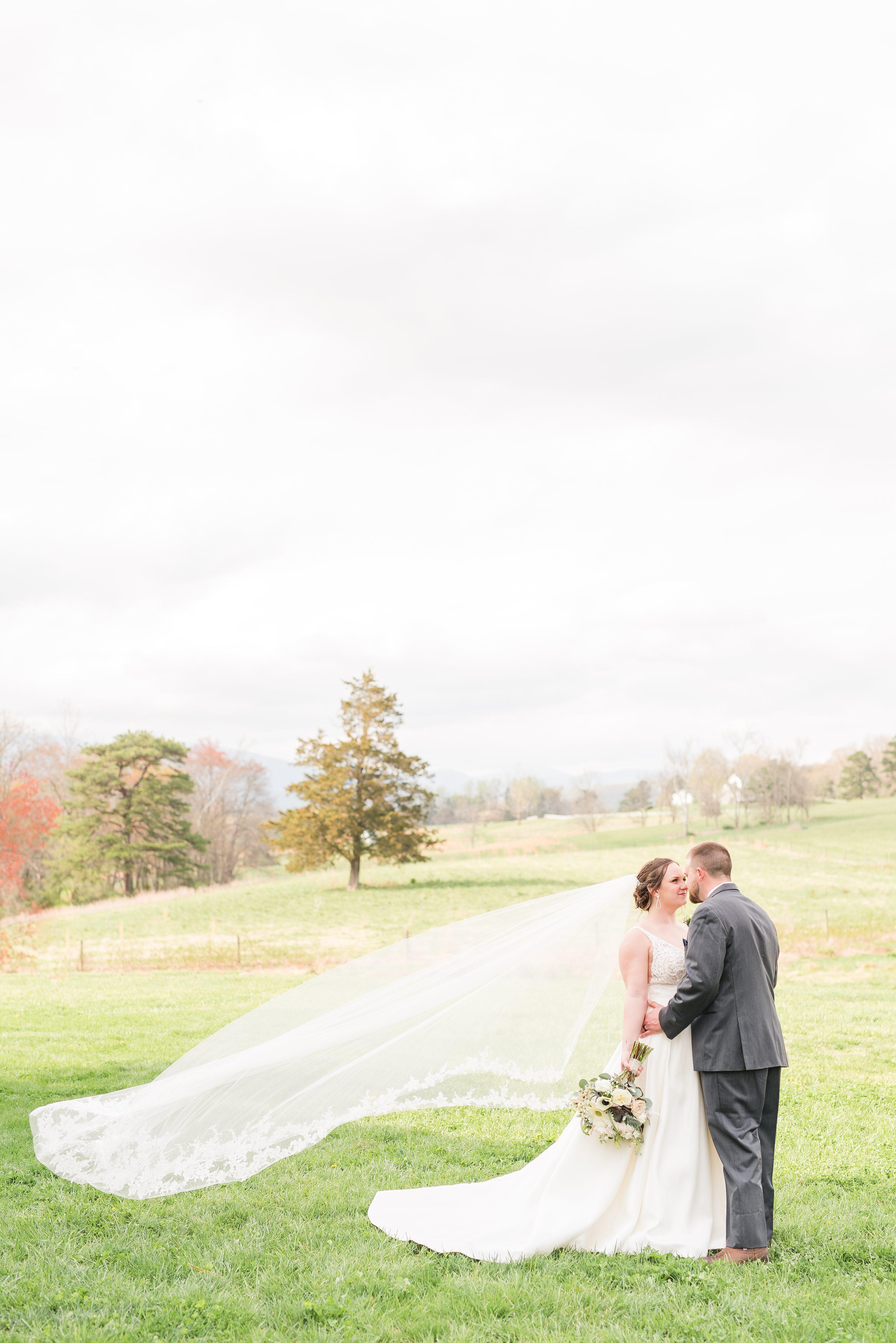 Outdoor Spring Wedding,Blue Ridge,bride and groom,mountain wedding,edgewood barn