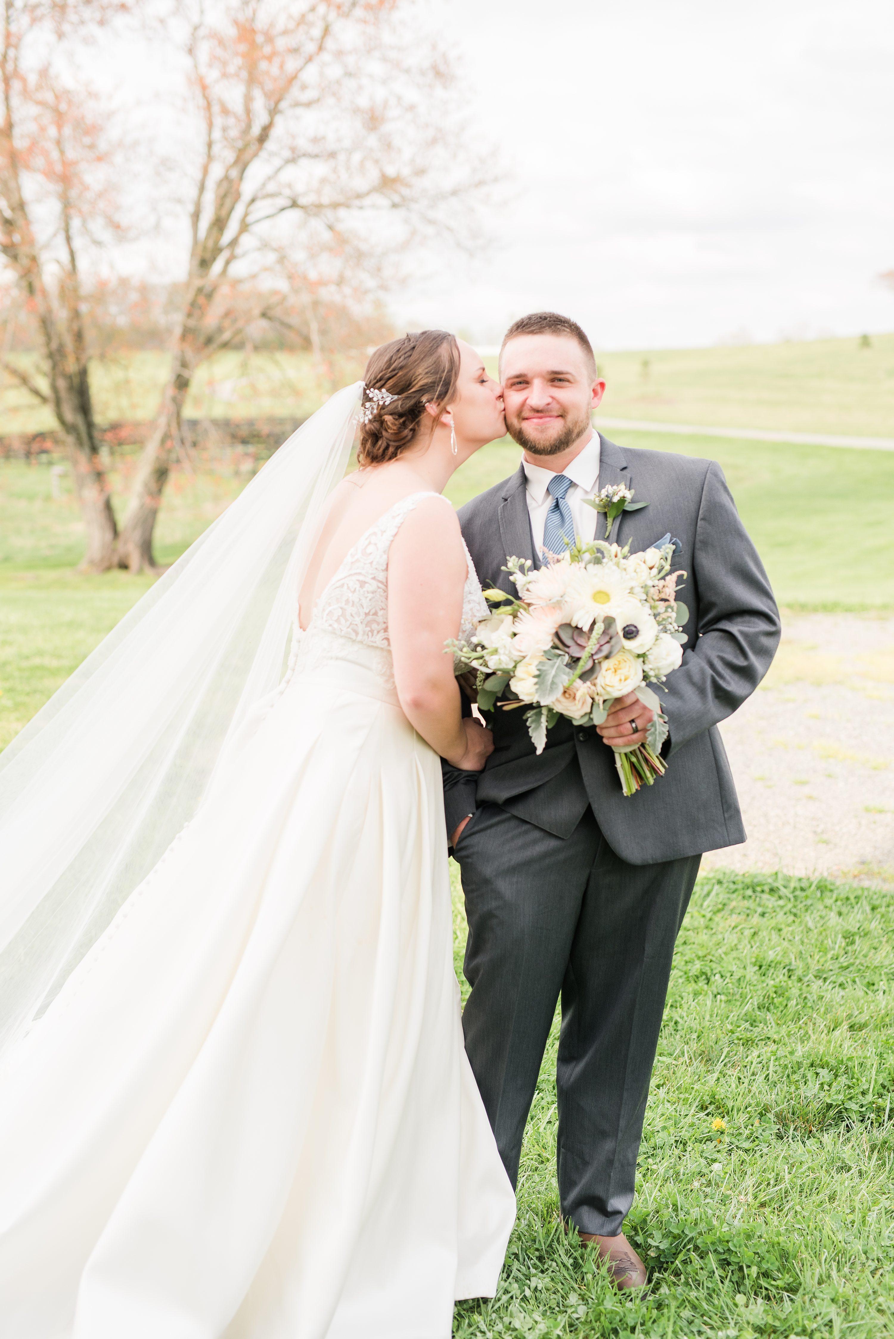 Bright,bride and groom,mountain wedding,edgewood barn,Virginia Wedding Photographer