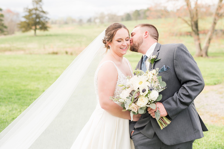 Blue Ridge,Blue Ridge Mountains,bride and groom,mountain wedding,edgewood barn