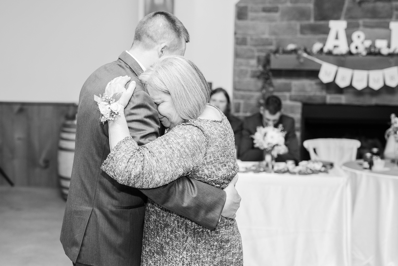 Barn,Blue Ridge Mountains Wedding,reception,groom,edgewood barn