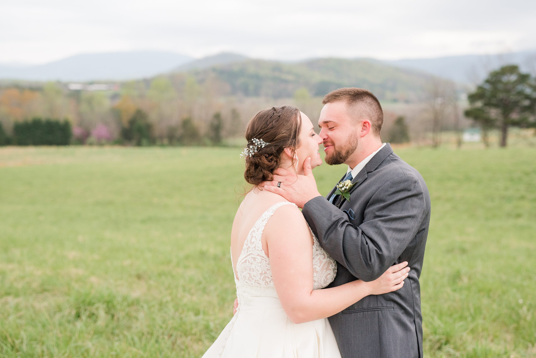 Spring Wedding,Barn,Blue Ridge Mountains,bride and groom,edgewood barn,Barn at Edgewood