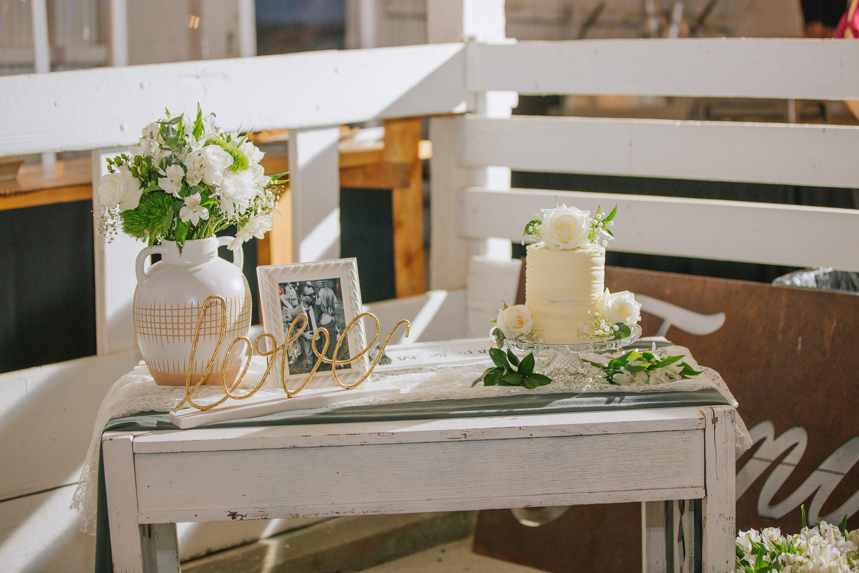 barn wedding,wedding details