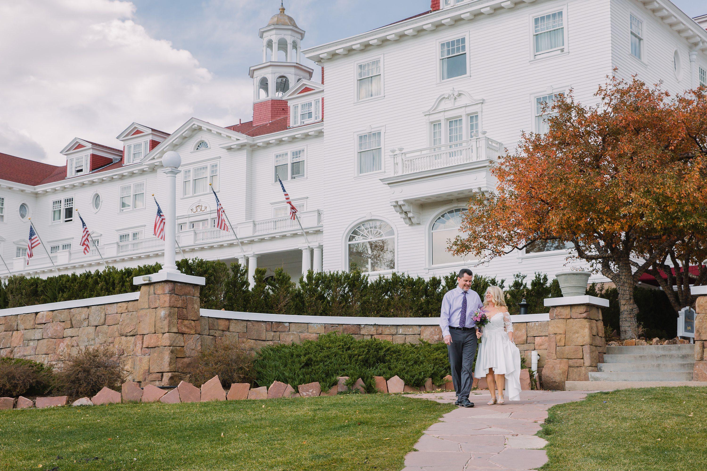 the stanley hotel,colorado,bride and groom