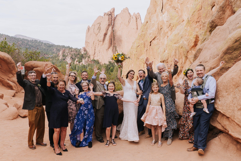 micro wedding,garden of the gods