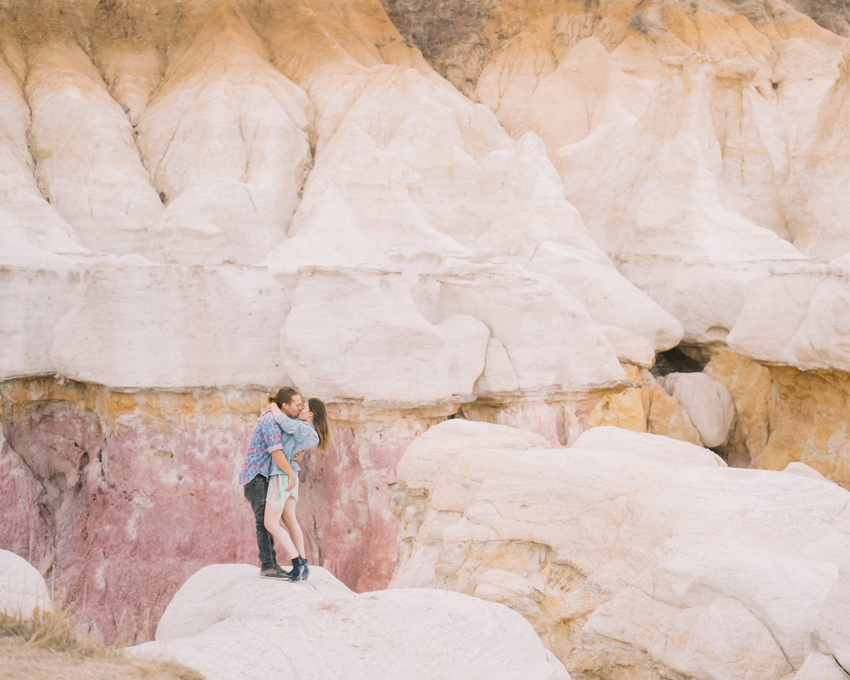 colorado springs wedding photographer,paint mines engagement